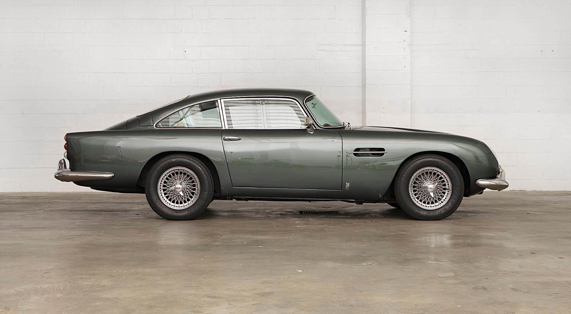 bond would be lucky to win this aston martin db5 at auction petrolicious. Black Bedroom Furniture Sets. Home Design Ideas
